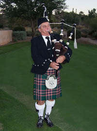 Bagpiper Richard Knowles